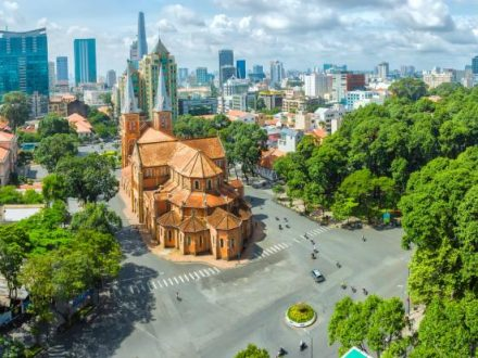 Transfer From Mui Ne to Ho Chi Minh City by Private Car