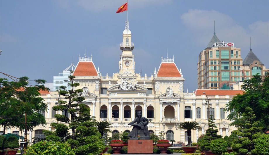 Transfer From Mui Ne to Ho Chi Minh City by Private Car - Nha Trang Transfer Service